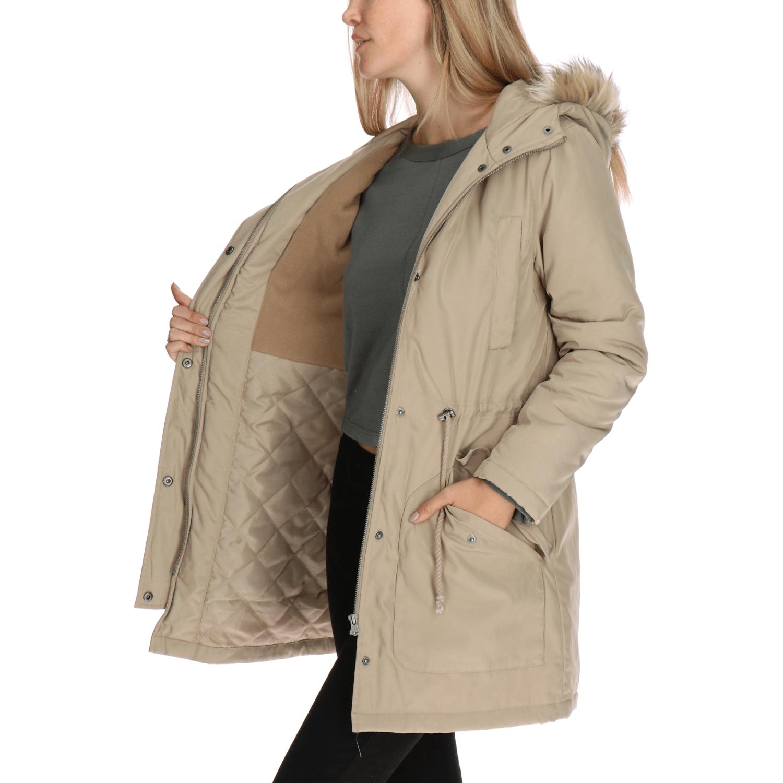 Compra mujer chaqueta de snowboard online al por mayor de